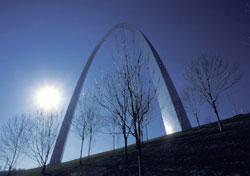 St. Louis arch in winter (Photo: IndexOpen)
