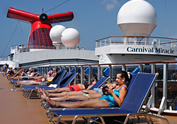 Lido deck on Carnival Miracle (Photo: Carnival Cruise Lines)