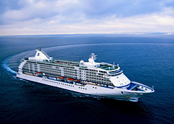 Seven Seas Voyager (Photo: Regent Seven Seas Cruises)