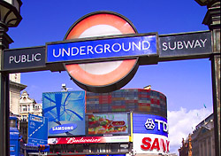 Entrance to Piccadilly Circus Underground station (Photo: britainonview/Pawel Libera)
