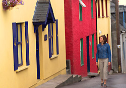 Woman in Kinsale, Ireland (Photo: IndexOpen)