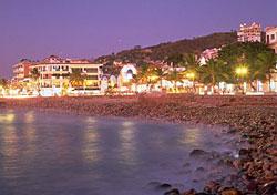 Puerto Vallarta (Photo: Puerto Vallarta Tourism Board & CVB)