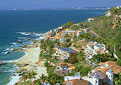 Puerto Vallarta (Photo: Puerto Vallarta Tourism Board & CVB)