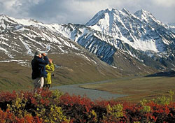 Hikers in northern Alaska (Photo: Michael DeYoung/ATIA)