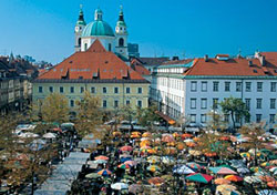 Marketplace in Ljubljana, Slovenia (Photo: J. Skok, Slovenian Tourist Board)