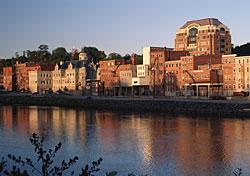 Augusta, Maine (Photo: PhotoDisc)