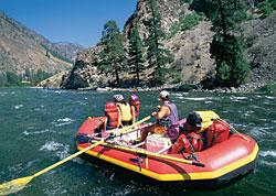 Whitewater rafting (Photo: PhotoDisc)