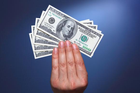 how to get a refund queens u
