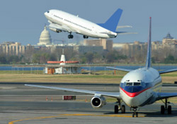 Busy runway at Reagan National (Photo: iStockPhoto.com/Terraxplorer)