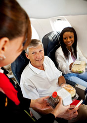 Airplane Food - Happy People (Photo: iStockphoto/Sean Locke)