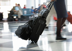 Air: Baggage: Racing through Airport (Photo: iStockphoto/Chad McDermott)