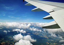 Air: Aerial View from Airplane with Clouds (Photo: Thinkstock/iStockphoto)