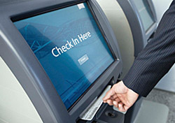 Airport Kiosk (Photo: Thinkstock/Jupiterimages)