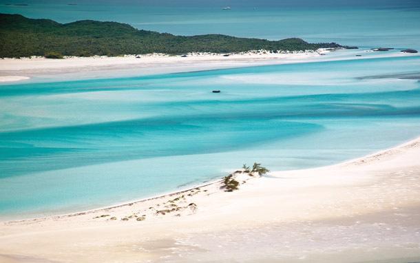 Bahamas: Exumas, Beach (Photo: Shutterstock/Knumina)