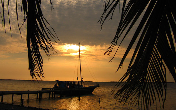 Belize: Tobacco Caye (Photo: Shutterstock/Kim Briers)