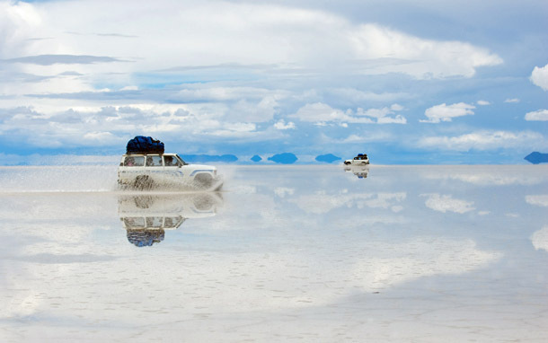 Bolivia: Salar de Uyuni, Jeep (Photo: Thinkstock/iStockphoto)
