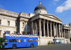 Bus: Sightseeing-Tour Bus (Photo: Thinkstock/Creatas Images)