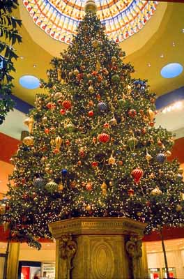 Jewel Court Christmas Tree, South Coast Plaza