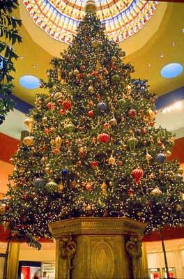 Jewel Court Christmas Tree, South Coast Plaza