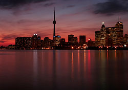 Toronto skyline at dusk (Photo: iStockphoto)