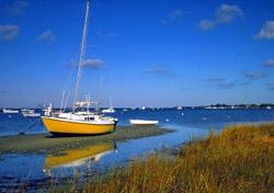 Boat in Low Tide (iStockphoto: Denis Tangney, Jr.)