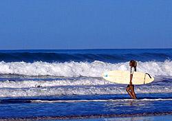 Surfing in Costa Rica with Pura Vida Adventures (Photo: Pura Vida Adventures)