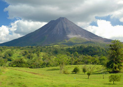 Costa Rica: Arenal Volcano (Photo: iStockphoto/Martin Harrison)