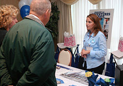 Travel agent at World's Largest Cruise Night event (Photo: CLIA)