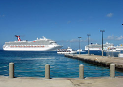 Carnival Freedom and Norwegian Pearl in Grand Cayman (Photo: Erica Silverstein)