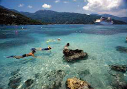 Snorkeling off Labadee (Photo: Royal Caribbean)