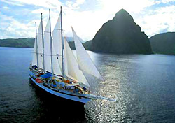 S.V. Legacy in St. Lucia (Photo: Windjammer Barefoot Cruises)