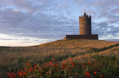 Ireland - Doolin: Doonagore Castle