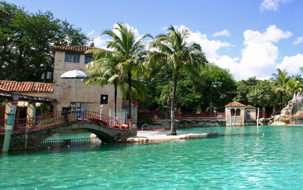 Florida: Coral Gables - The Venetian Pool (Photo: Thinkstock/Ivan Sgualdini)