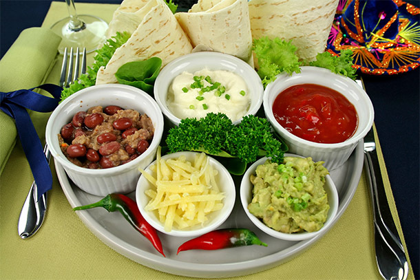 Food: Mexican Food Platter (Photo: Thinkstock/Hemera)