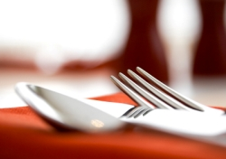 Restaurant Table - Up close of silverware (Photo: iStockphoto/mbbirdy)