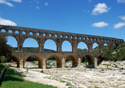 Pont du Gard Roman aqueduct in Provence, France (Photo: Discover France)