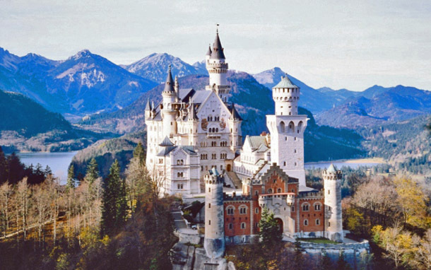 Germany: Bavaria, Neuschwanstein Castle (Photo: Thinkstock/Jupiterimages)