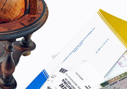 Globe Passport Plane Ticket (Photo: Thinkstock/iStockphoto)