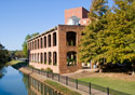 South Carolina: Greenville Reedy River (Photo: iStockphoto/Steve Von Bokern)