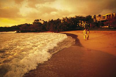 Hawaii - Sunset Stroll