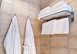 (Photo: Hotel Towels via Shutterstock)