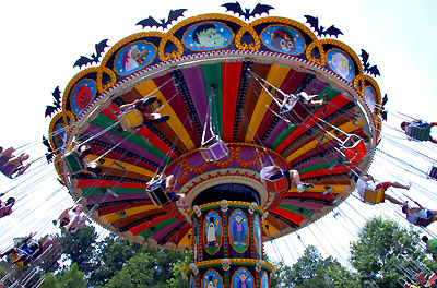 Hallow Swings at Holidayworld, Indiana