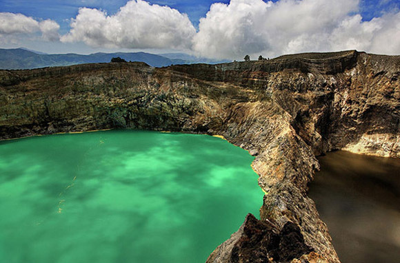 Indonesia: Kelimutu (Photo: flickr/NeilsPhotography)