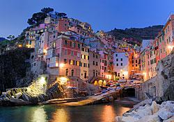 Early evening at the village of Riomaggiore in Cinque Terre, Italy (Photo: Bill Grove)