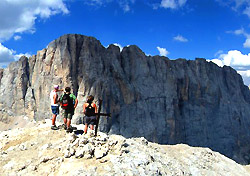 Hiking in Italy's Dolomites (Photo: Copyright 2007, Sam Chandler, Collett's Mountain Holidays)