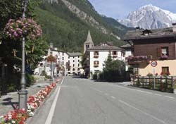 Courmayeur, Italy (Photo: Thinkstock/iStockphoto)