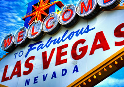 Las Vegas Welcome Sign Neon (Photo: iStockphoto/Brandon Collup)
