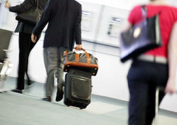 Carrying luggage through terminals (Photo: Index Open)