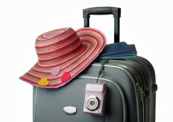 Luggage: Sunhat, Camera, Passports (Photo: Thinkstock/iStockphoto)