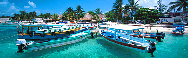 Dock Isla Mujeres (Photo: Mexico Tourism Board)